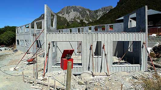 Aoraki Alpine Lodge under construction
