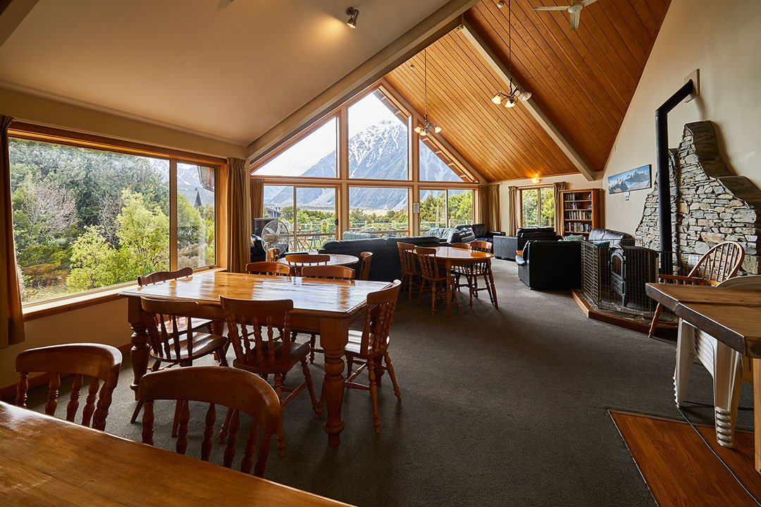 Aoraki Alpine Lodge facilities communal lounge Mt Cook accommodation