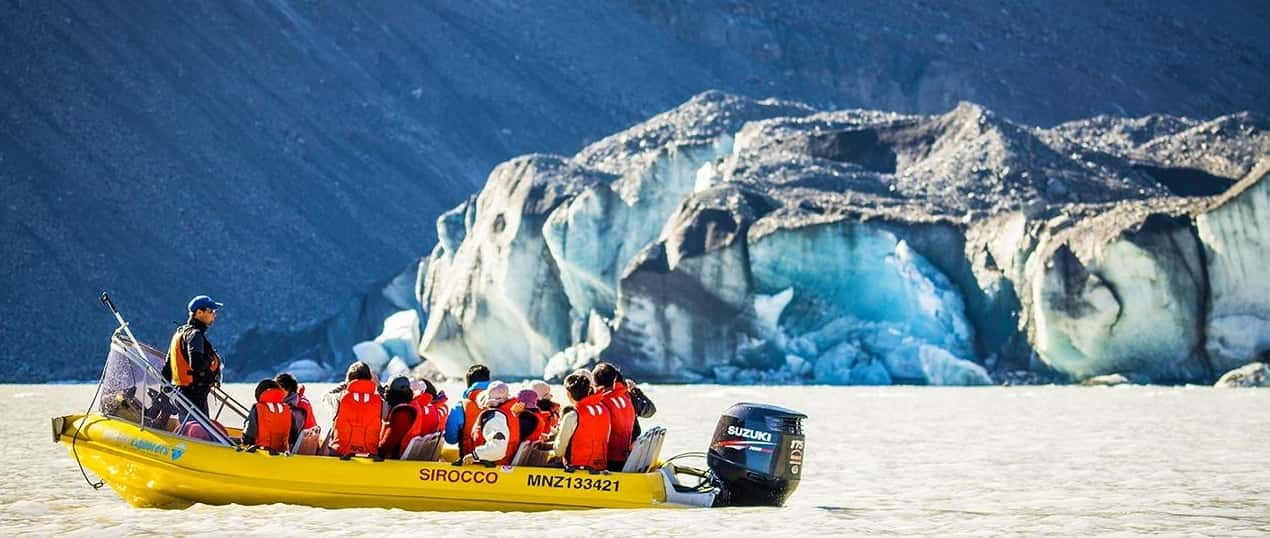 Glacier Explorers boat tour of Tasman Glacier Lake