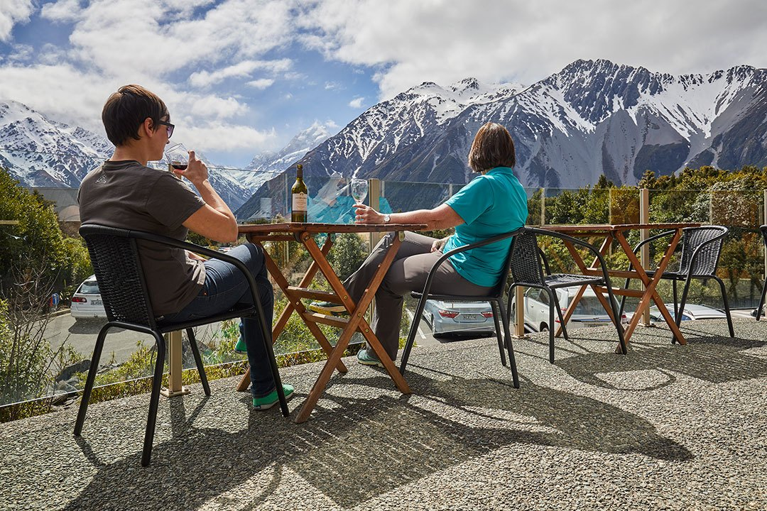 Aoraki Alpine Lodge facilities balcony deck